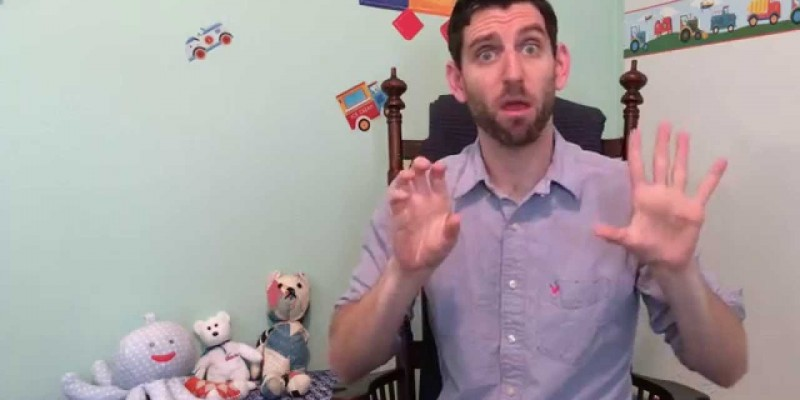 Common Errors by Young Children Acquiring a Sign Language